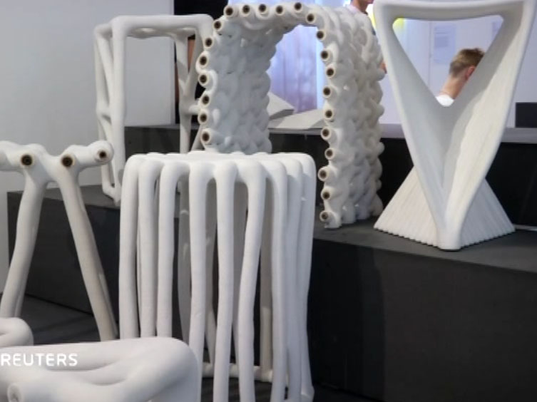 Recycling waste into furniture 3D printing